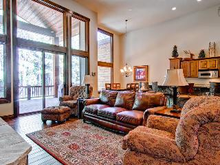 Secluded townhouse with sweeping mountain views, home theater, hot tub, and shuttle on demand - Whispering Pines South - Mountain Village vacation rentals