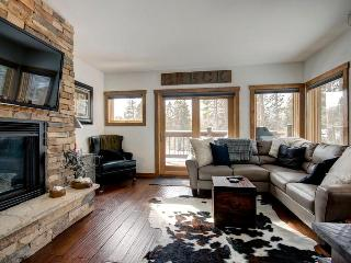 Award-winning mountain house with ski-in/ski-out access to slopes, hot tub, and shuttle on demand - White Cap Lodge - Mountain Village vacation rentals