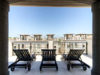 Stylish modern home with rooftop deck, walk to the beach! - Thirty Blu - Mountain Village vacation rentals