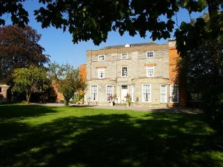 Priory House and The Oriental Brewhouse - Nottinghamshire vacation rentals