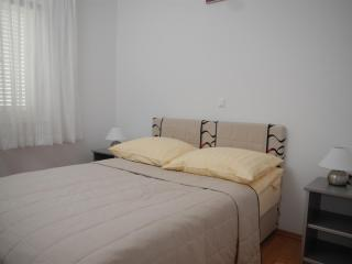 Bright and exquisite apartment Bety 5 for 5 persons in Novalja - Novalja vacation rentals