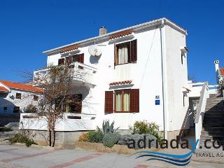 Lovely homey apartment Cola M4 for 4 persons in Novalja - Island Pag vacation rentals