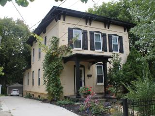 Ann Arbor Downtown Apartment - Southeast Michigan vacation rentals