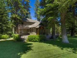 Hawkins - walk 2 Chamber Beach, hot tub, park like - Tahoe City vacation rentals
