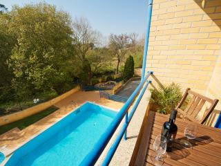 Francelos Beach & Pool Apartment - Vila Nova de Gaia vacation rentals