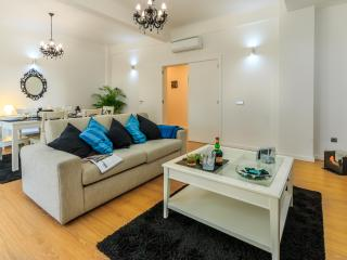 Oporto Downtown Essence - Porto vacation rentals