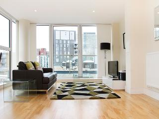 Two Double Bedroom By Elite Apartments - London vacation rentals