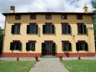 charm and class in historical villa by Lucca - Lucca vacation rentals