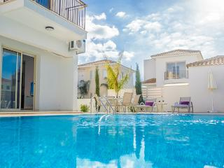 BOOK NOW for upto 20% off AUG - SEPT & OCT 2014 - Protaras vacation rentals