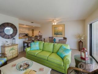 FIND your Fountain of Youth at Mariner's Pointe - Beautiful 2 Bedroom Condo - Sanibel Island vacation rentals
