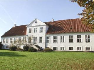 Newly renovated holiday house for 22 persons in North-eastern Funen - Nyborg Municipality vacation rentals