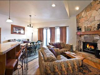Comfortable, Quality Accommodations - Rustic Decor Throughout (25263) - Utah Ski Country vacation rentals
