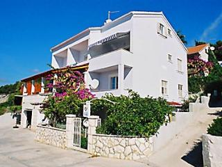 Top floor apartment with wonderful sea view - Hvar vacation rentals