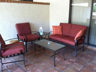 Walk 2 Everything Spacious Patio Home, Pool, Spa - Fountain Hills vacation rentals