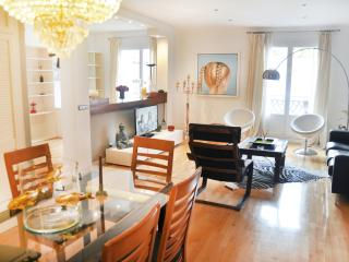 Glamour Chueca 2 bedrooms luxury centre - Madrid vacation rentals
