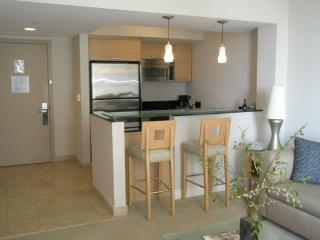 Luxury apt @ MaReNaS on collins !!!!! - Miami Beach vacation rentals