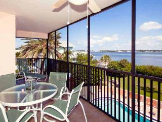 Coquina Moorings 203: 3BR/2BA Condo with Perfect Sunrise and Sunset Views - Bradenton Beach vacation rentals