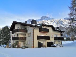 God Mez B3 - Grisons vacation rentals
