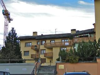 Ludains 2/9 - Grisons vacation rentals