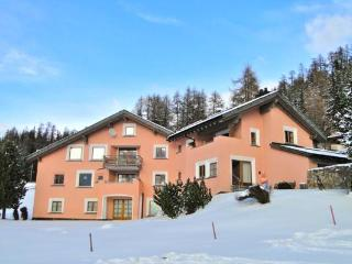 Luorza 4 - ZWG - Grisons vacation rentals