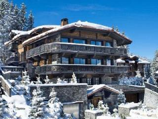 Elegant Chalet Edelweiss offers spa and fitness areas, maid and chef services - Courchevel vacation rentals