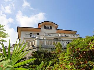 Classy and stylish villa overlooking Lake Maggiore - Meina vacation rentals