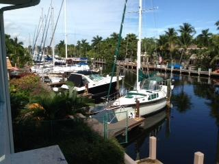 Las Olas Terrace Apt Water front walk to beach. - Fort Lauderdale vacation rentals