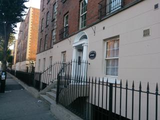 Dublin City center Holiday Apartment - Dublin vacation rentals