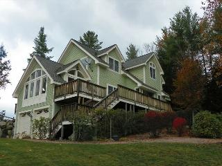 Gorgeous 4 bedroom home with Pemi River Views and Privacy! (DUD22M) - White Mountains vacation rentals