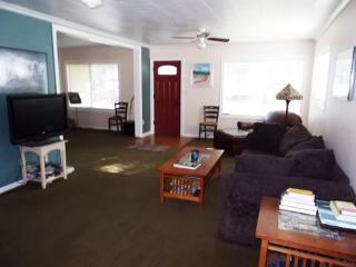 Walk to Downtown! Comfortable Home in a Great Location, Pet Friendly, 3 BR, 2 BA - Bend vacation rentals