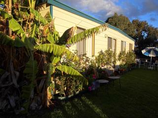 Moana Beach Sunset Holiday Accommodation - Moana vacation rentals