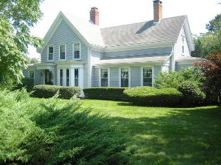 633-C Classic North Chatham Escape, pet friendly - Brewster vacation rentals
