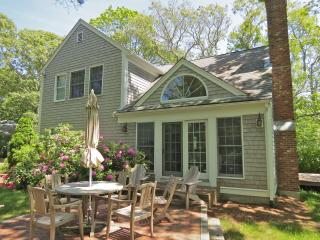 046-O Upscale with guest house, walk to Skaket Bch - Brewster vacation rentals