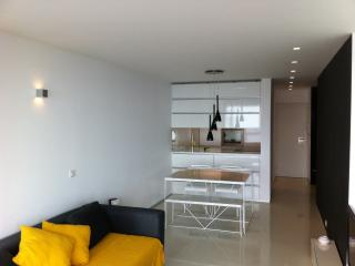 Modern appartment with fantastic sea view - wifi - Sesimbra vacation rentals