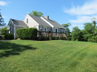055-B Roomy home, 4 minute walk to sandy beach - Brewster vacation rentals