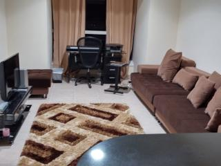 Great deal in hip Dubai Marina apartment !!! - Dubai vacation rentals