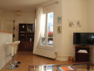 Cozy 1BR in Saint-Germain-des-Pres - Paris vacation rentals