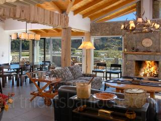5 Bedroom & 5 en-suite Bathrooms (H12) Lakefront! - San Carlos de Bariloche vacation rentals