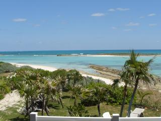 CORAL SANDS BEACH HOUSE ON THE OCEAN, GREEN TURTLE CAY, BAHAMAS - Green Turtle Cay vacation rentals