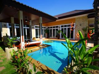 Rawai Private Villas 8 - pool and garden - Rawai vacation rentals