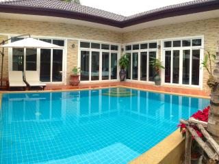 Rawai Private Villas 1 - pool and garden - Rawai vacation rentals