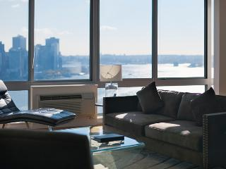 Penthouse 37th floor - Liberty - Stunning views! - Greater New York Area vacation rentals