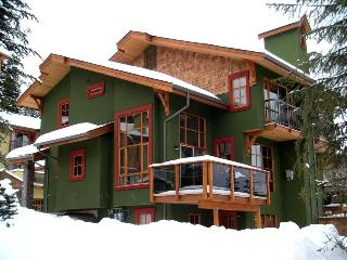 Trails Edge: Our Ski-In/Ski-Out Home away from Home - Sun Peaks vacation rentals