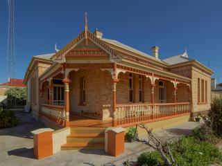 Myras Moonta Retreat Moonta South Australia - Moonta vacation rentals