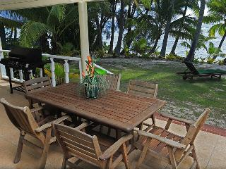 Maree,s Beach House --- Beachfront ! - Rarotonga vacation rentals