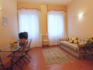 FLORENCETOGETHER APARTMENTS FOSCOLO - Florence vacation rentals