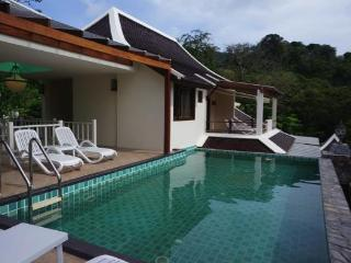 Delightful villa with private pool - Chalong Bay vacation rentals