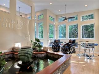 Modern accomodations- very close to State Parks! - Logan vacation rentals