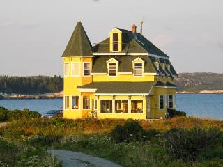 Seaside Victorian Landmark 30 min from Halifax NS - West Dover vacation rentals