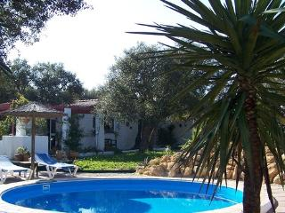 Calm accommodation, near the beach, WIFI,  with Pool in 2012. - ES-88-Conil - Barrio Nuevo vacation rentals